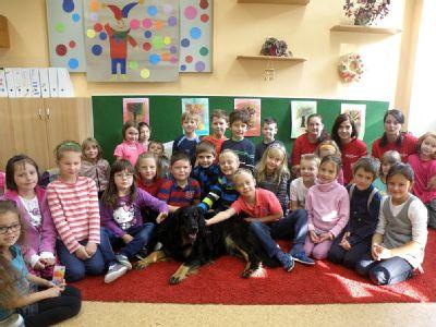 Nemocnice Valašské Meziříčí učí žáky první pomoc i chování ke zvířatům