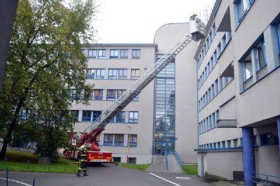 V Nemocnici Valašské Meziříčí zasahovali hasiči – naštěstí jen cvičně