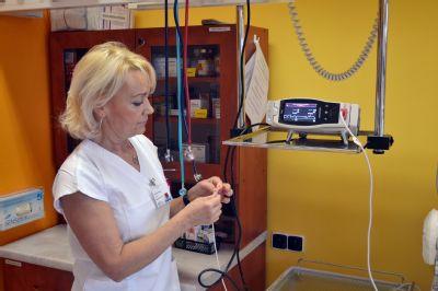 O novorozence v Nemocnici Valašské Meziříčí pečují nové přístroje