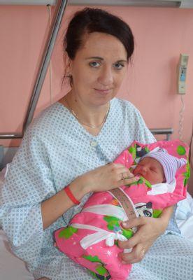 V Nemocnici Valašské Meziříčí přišlo v prvním pololetí na svět 453 dětí