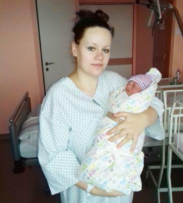 Prvním miminkem Nemocnice Valašské Meziříčí je Karolína