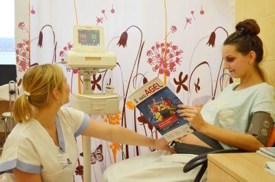 Porodnice valašskomeziříčské nemocnice pořídila pro své rodičky nový kardiotokograf