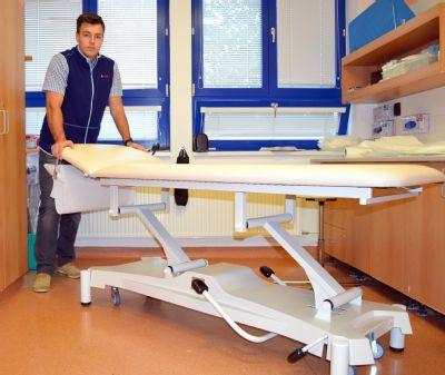 Nemocnice Valašské Meziříčí investovala do nových transportních a vyšetřovacích lehátek