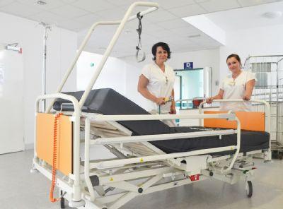Nové matrace mají k dispozici pacienti chirurgického oddělení Nemocnice Valašské Meziříčí